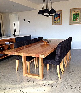 Custom_Dinning_Table